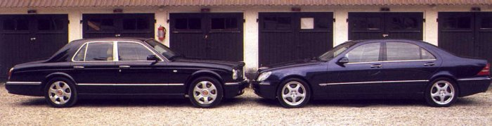 Bentley Arnage Red Label (links) en Mercedes Benz S 600 Lang.