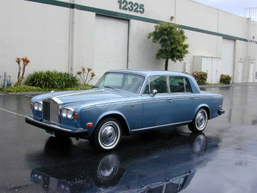 Rolls-Royce Silver Shadow from 1974 for the American market.